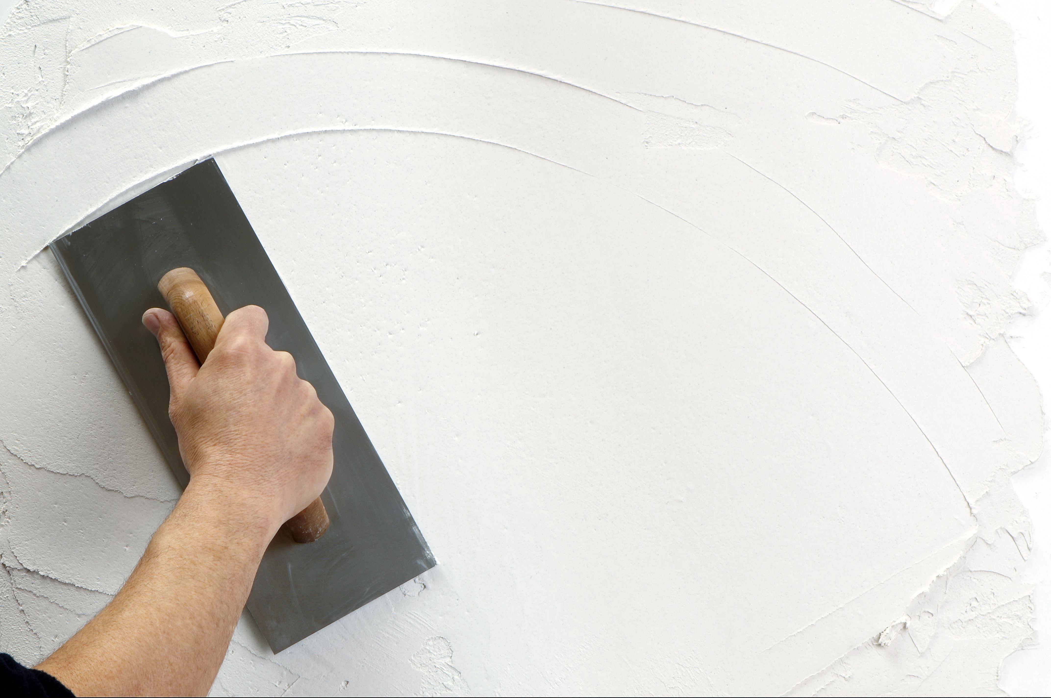 Как сделать гладкой поверхность штукатурки